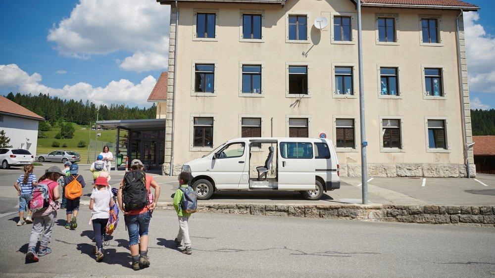 Les élèves des quatre niveaux du Cycle 1 d'Harmos devraient étudier au collège de La Chaux-du-Milieu à la rentrée.
