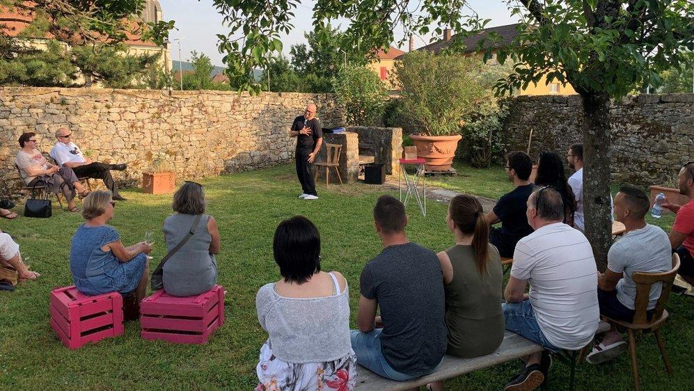 La première soirée de Vignes & culture s'est déroulée, ce jeudi soir, au domaine de La Grillette, à Cressier, avec Blake Eduardo.