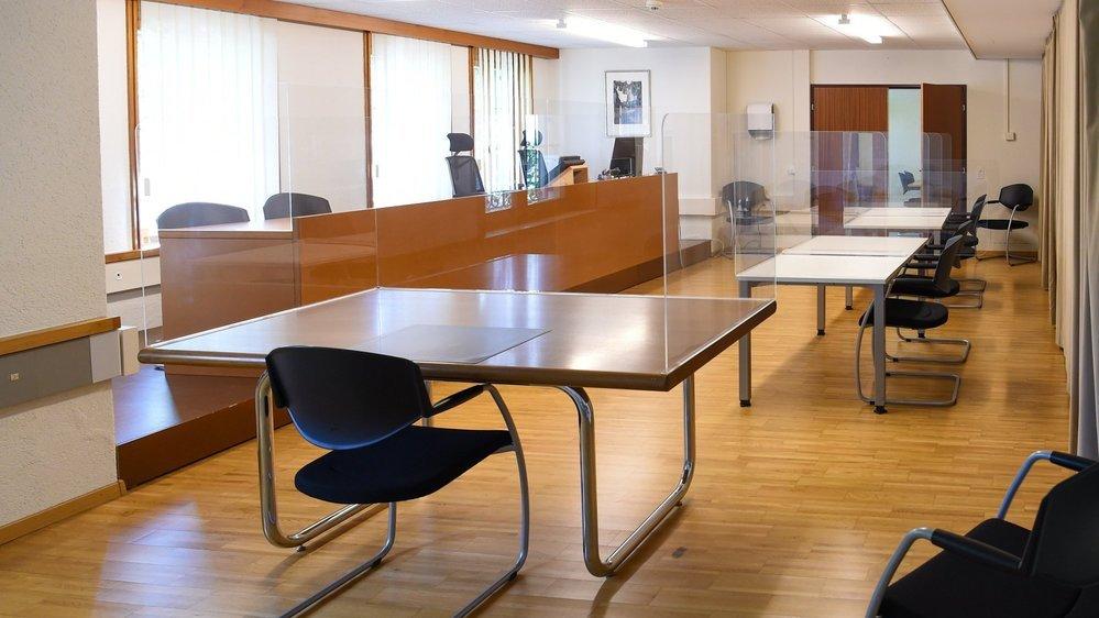 Au Tribunal de Boudry, la chaise du prévenu était vide.