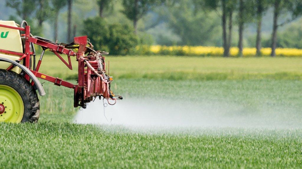 Les initiatives anti-pesticides balayées: des professionnels neuchâtelois réagissent