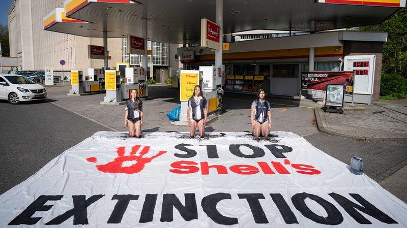 Climat: la pression augmente de toutes parts sur les géants du pétrole