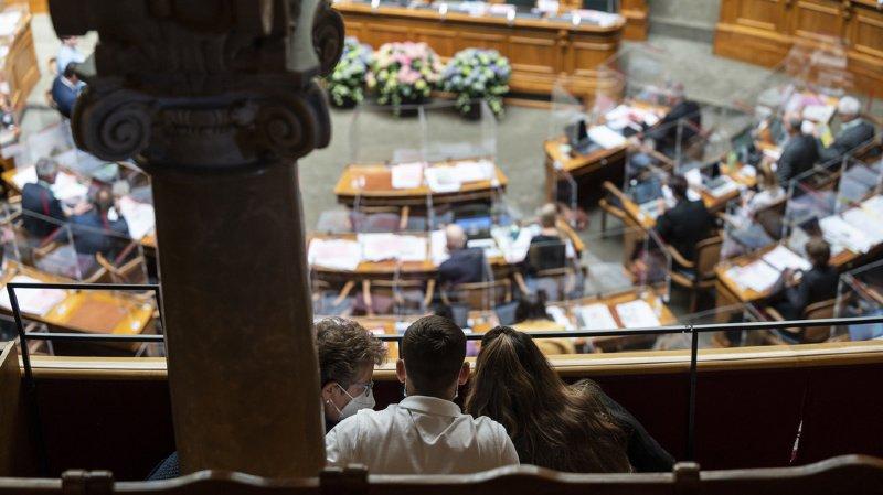 Réforme de l'AVS: le Parlement fixe l'âge de la retraite des femmes à 65 ans