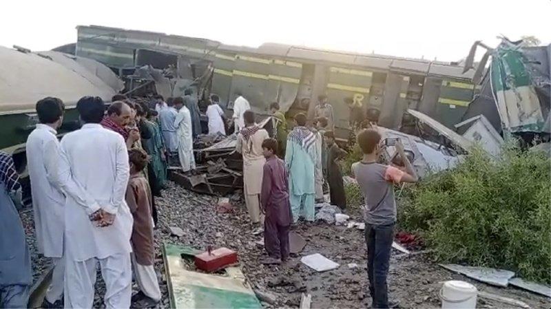 Les accidents ferroviaires sont fréquents au Pakistan, qui a hérité de milliers de kilomètres de voies et des trains de l'époque coloniale, sous l'empire britannique.