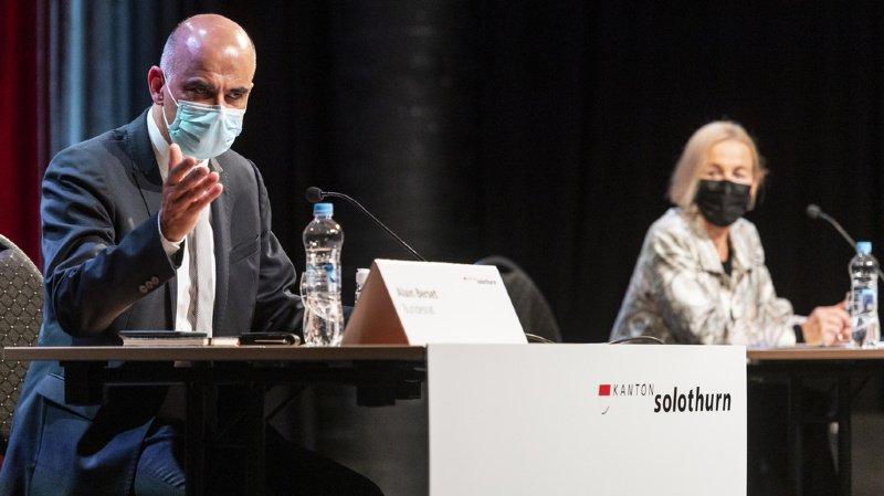 Coronavirus: Alain Berset annonce une nouvelle livraison de doses de vaccin