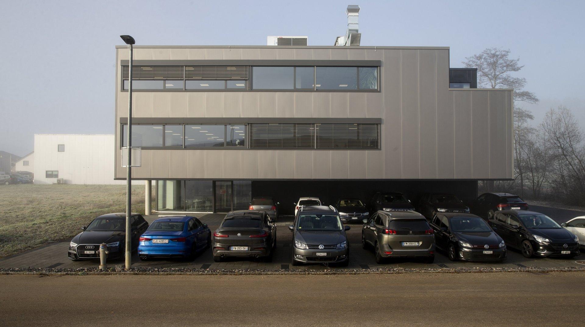 Le siège du groupe Acrotec, à Develier.