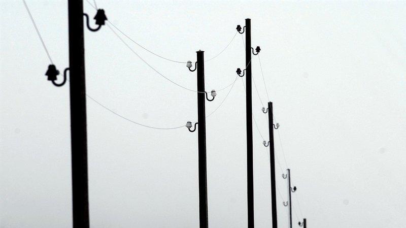 Le tragique accident est survenu alors que l'agriculteur montait une clôture électrique sous une ligne électrique aérienne de moyenne tension