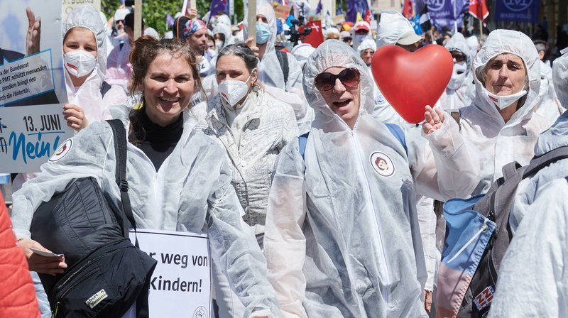 Le mouvement alémanique contre les restrictions sanitaires Stiller Protest s'invite à Neuchâtel ce samedi