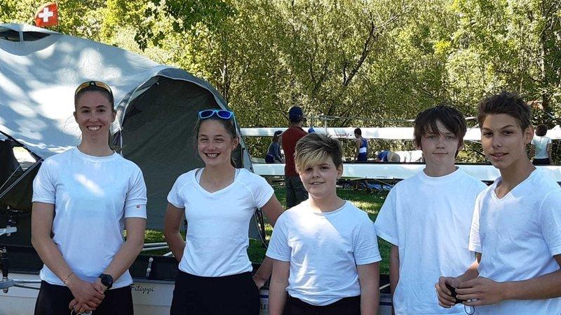 Première régate pour les juniors du Team aviron Neuchâtel