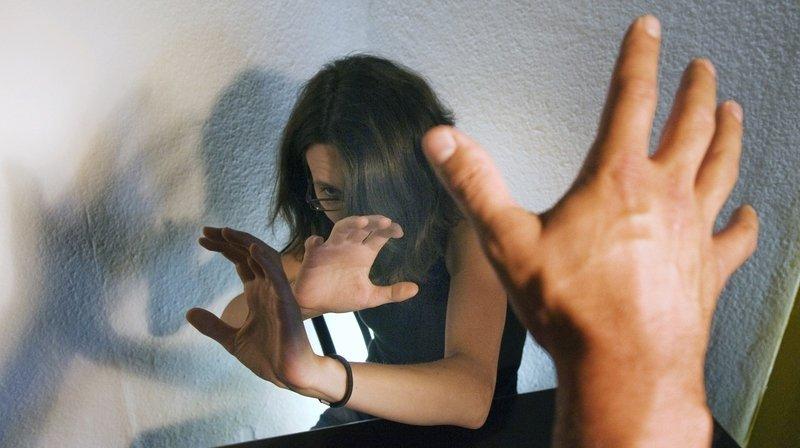 Deux Neuchâteloises font un court-métrage sur la violence dans les couples d'ados