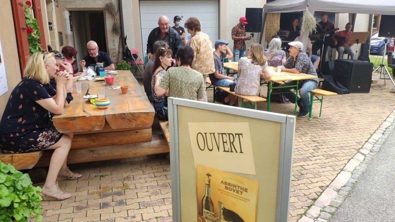 Au Val-de-Travers, une fête de l'absinthe en petit comité
