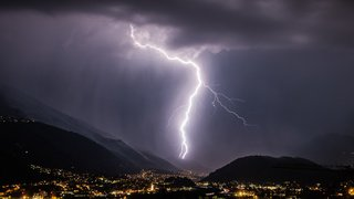 Météo: de violents orages se sont abattus sur la Suisse vendredi soir