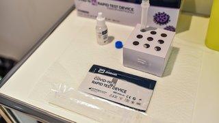 Les tests antigéniques pour les vacances sont censés être payants