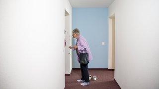 Val-de-Travers: les premiers appartements avec encadrement attirent les curieux à Couvet