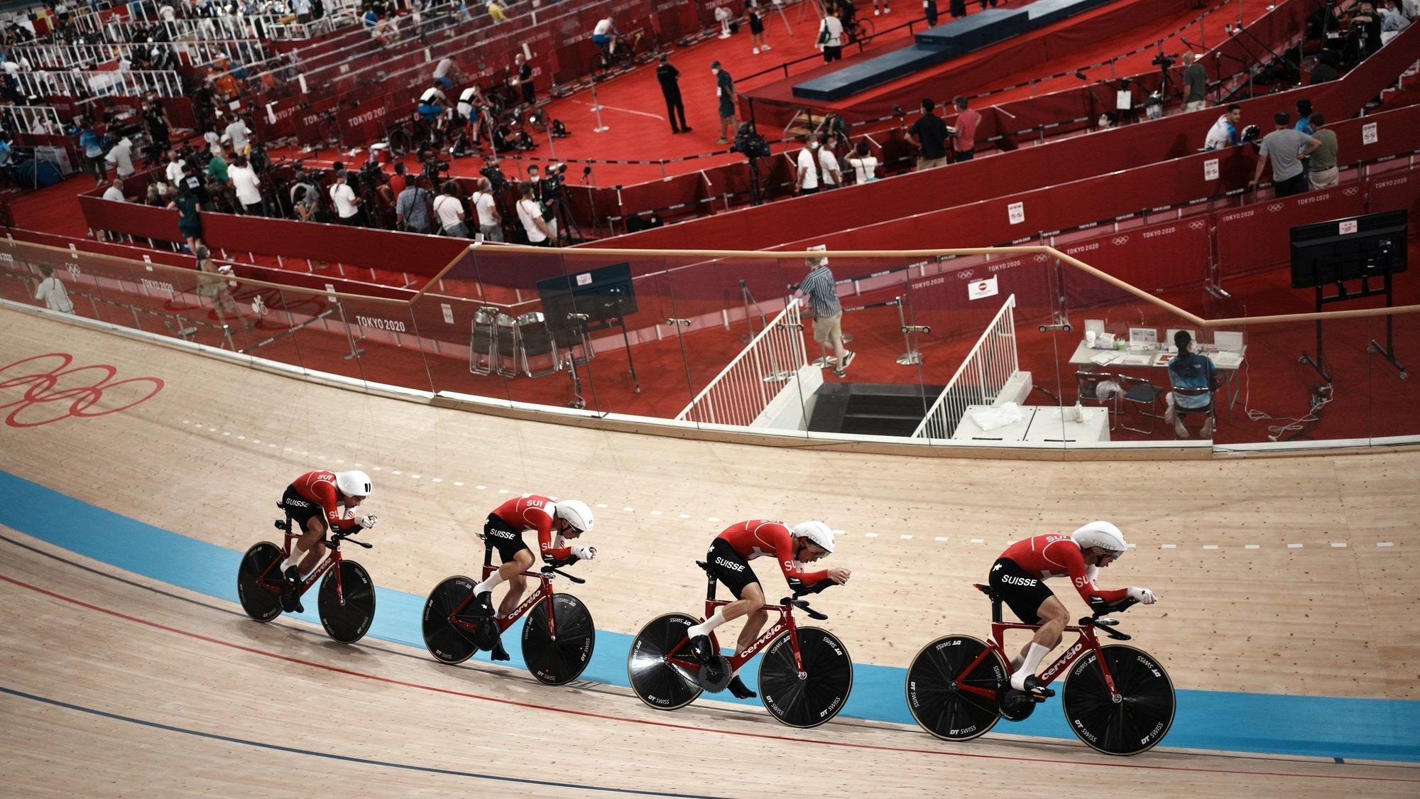 L'équipe de Suisse de poursuite a pris tous les risques ce mercredi sur le vélodrome d'Izu.