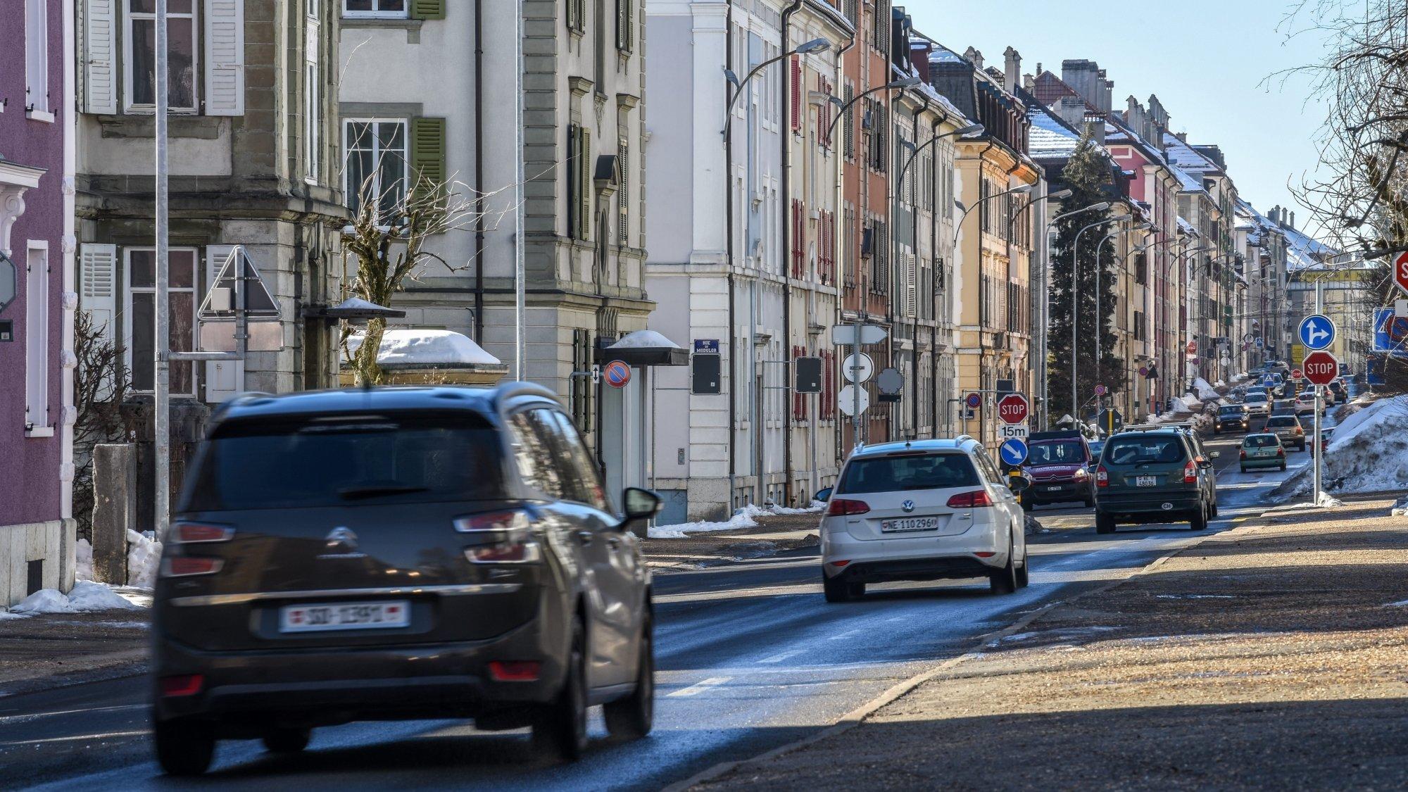 La rue Numa-Droz, à La Chaux-de-Fonds, subirait une hausse du trafic si une route de contournement venait à se réaliser.