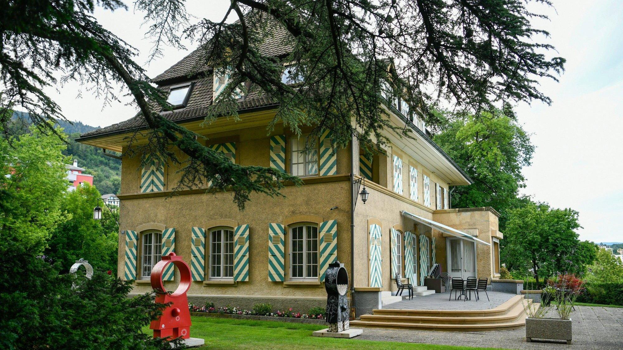 Propriété de la Ville de Neuchâtel, la Villa Lardy accueillera du théâtre et de la danse cet été.