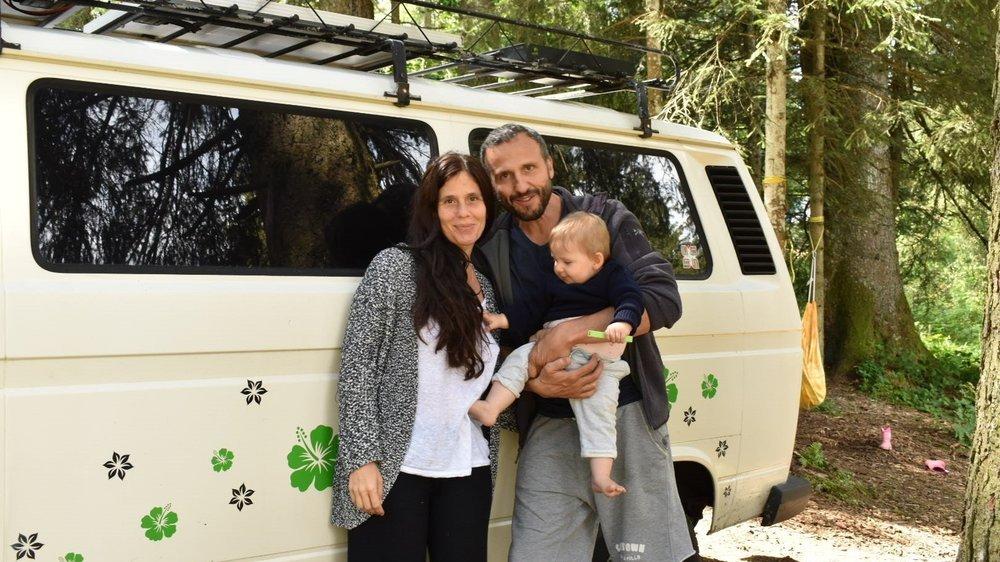 Chloé et Karim ont emmené leur fille Amaya, 8 mois, camper pour la première fois.