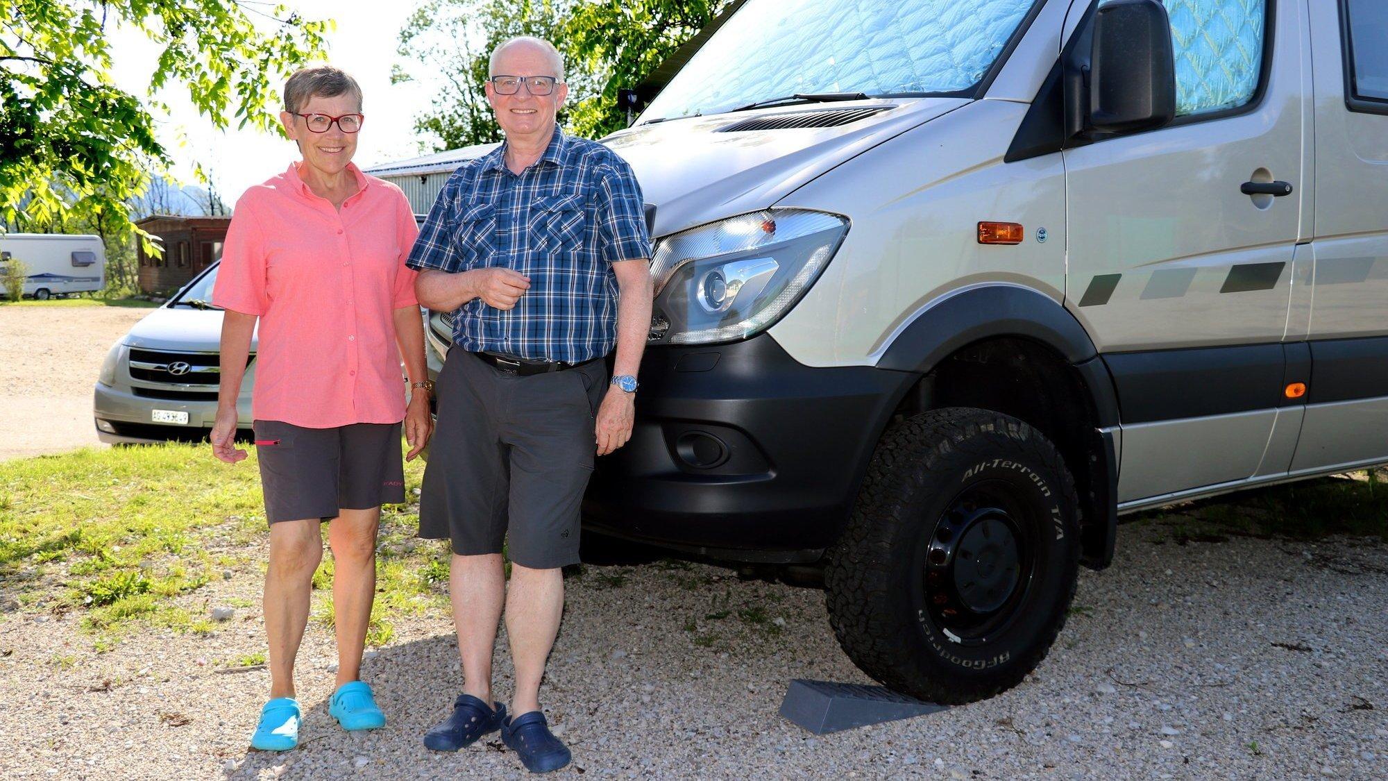 Monika et Andreas, de Lucerne, sont des habitués du camping des Brenets.