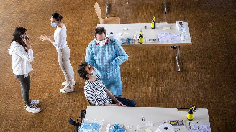 Coronavirus: forte hausse des cas due à un manque de prudence, selon l'OFSP