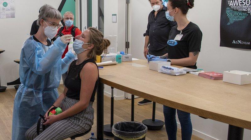 Coronavirus: la Suisse compte 1746 nouveaux cas sur 70'264 tests en 72 heures, 24 hospitalisations, 1 mort