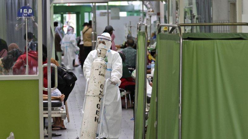 Coronavirus: la Suisse envoie 600 concentrateurs d'oxygène en Indonésie