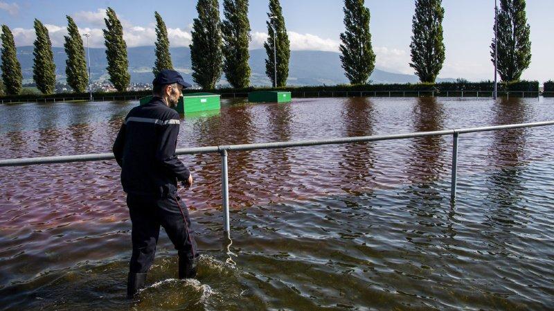 Intempéries: niveau des lacs en baisse, la crue ralentit à Neuchâtel