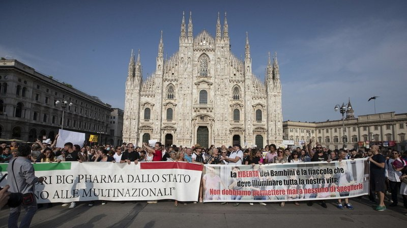 Coronavirus: des manifestations en Italie contre le pass sanitaire
