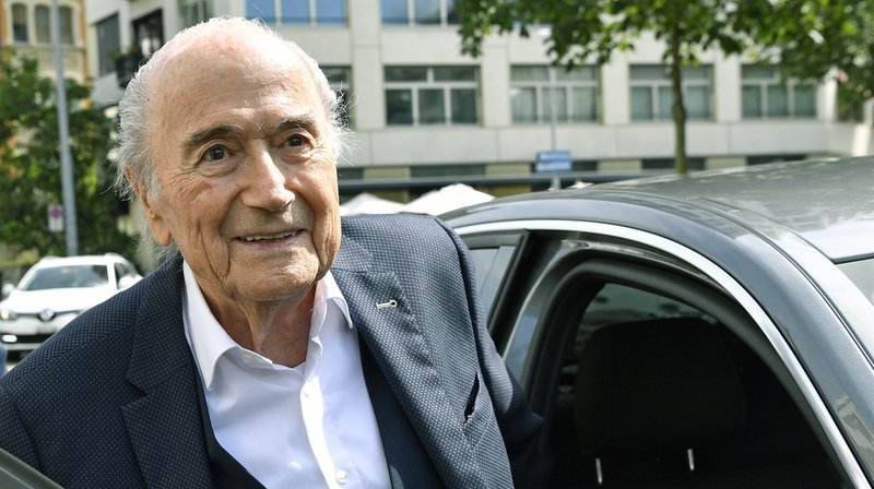 Affaire Fifa: devant la justice, Sepp Blatter insiste sur un contrat avec Platini