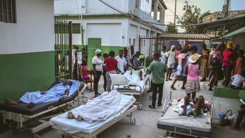 Haïti: le bilan du séisme s'alourdit à 1297 morts
