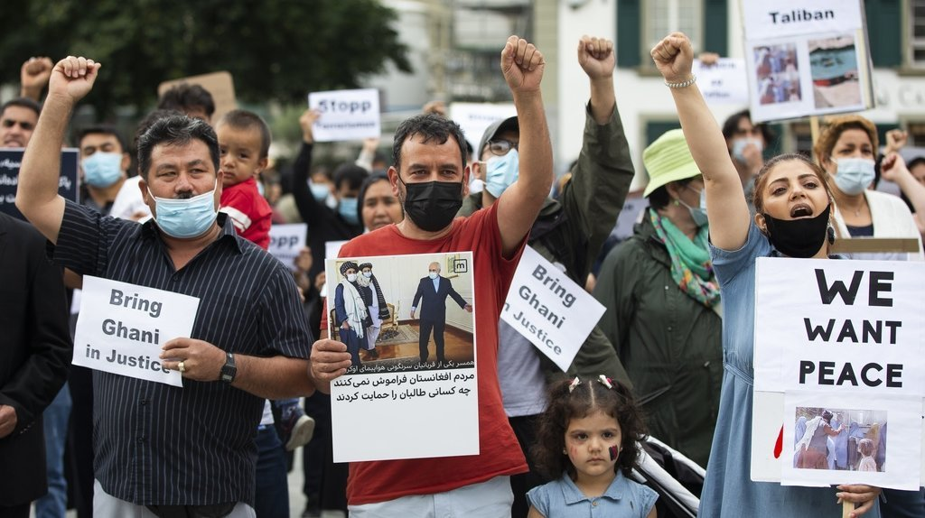 400 personnes manifestent contre les talibans à Berne