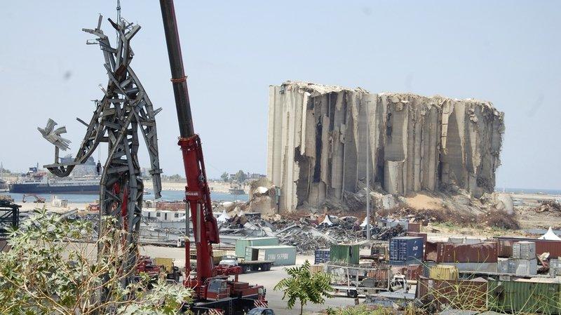 Un an après l'explosion: Beyrouth toujours fracassée