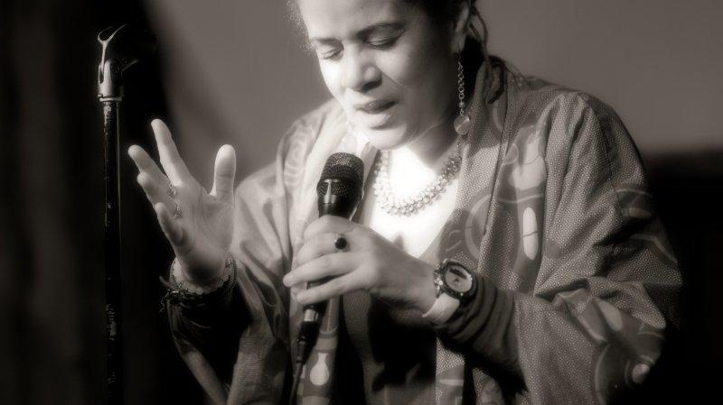 Florence Chitacumbi · Acoustique