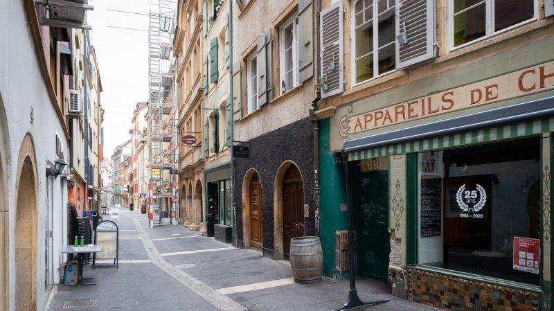 L'accident a eu lieu à la rue des Moulins à Neuchâtel.