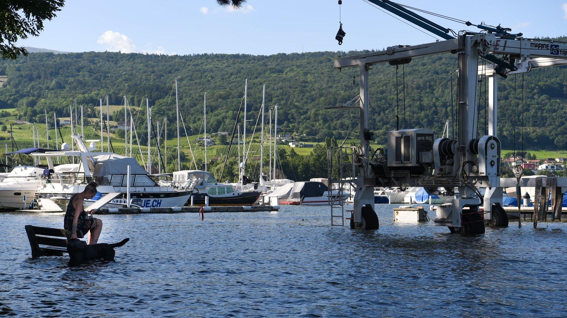 Prudence sur le lac de Neuchâtel: «La décrue sera lente»