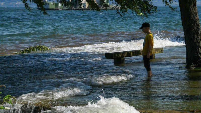 On peut à nouveau se baigner dans le lac de Neuchâtel