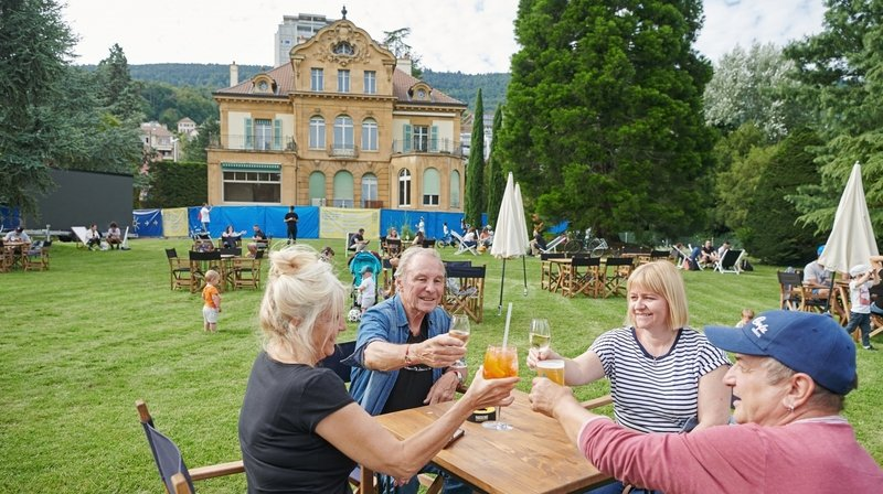 Neuchâtel: malgré la pluie, la villa Perret a trouvé son public