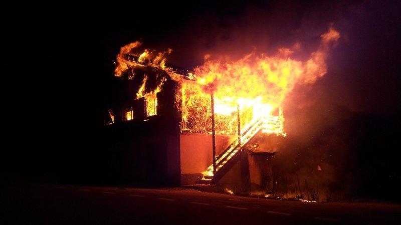 Cortébert: la plainte de Peta après l'incendie d'une ferme est classée sans suite