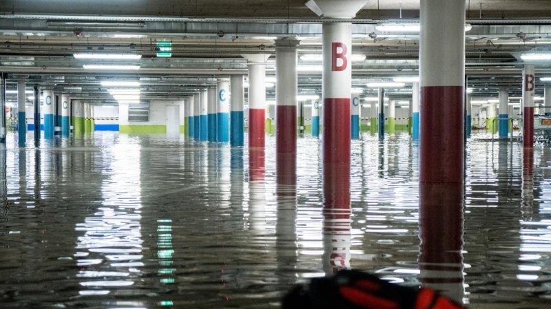 Neuchâtel: 15 centimètres d'eau dans le parking de la Maladière