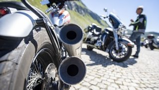 Buttes: un motard percute une paroi rocheuse