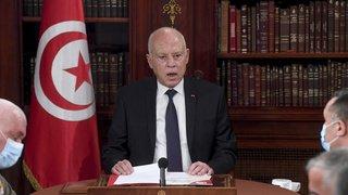 Tunisie: avec ses nouveaux pouvoirs, le président s'attaque à la corruption