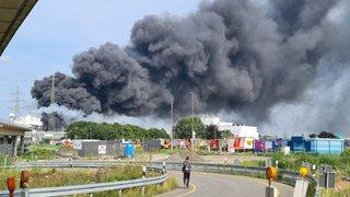 Explosion sur un site de traitement de déchets à Leverkusen: 1 mort, 4 disparus et 31 blessés