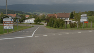 Lignières: une collision à l'intersection de la route cantonale