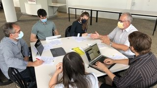 Dix entreprises neuchâteloises mettent les étudiants et les apprentis au défi