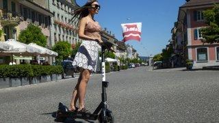 Vélos et trottinettes électriques: quelles règles de circulation