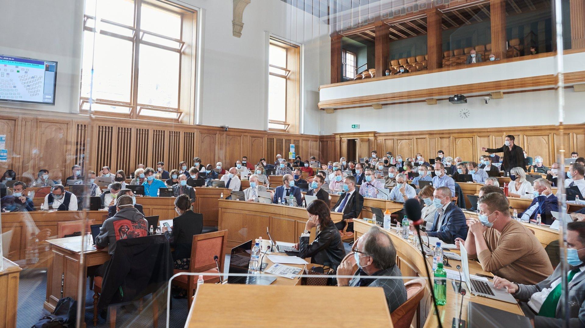Battus au Grand Conseil sur le référendum obligatoire pour chaque reconnaissance, UDC et PLR espèrent que le peuple leur donnera raison.