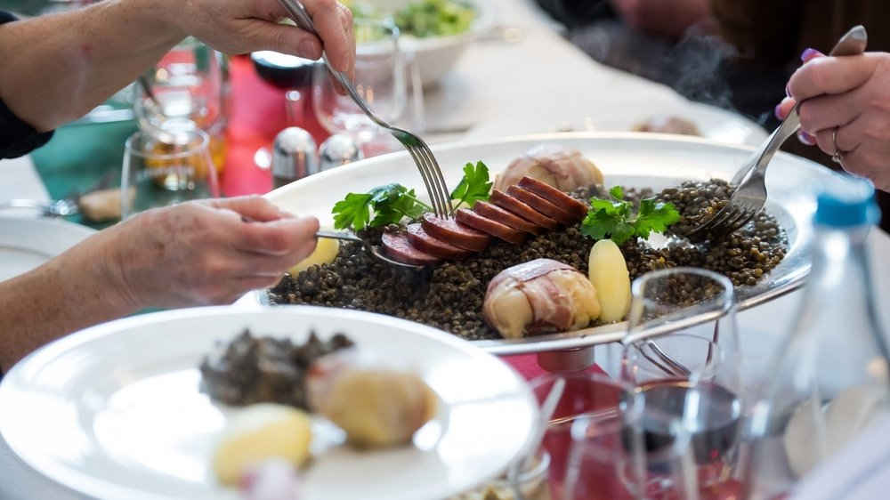 La Semaine du goût s'ouvre à Neuchâtel ce jeudi 16 septembre. Une quinzaine d'événements est organisée dans tout le canton pour (re)découvrir le terroir régional.
