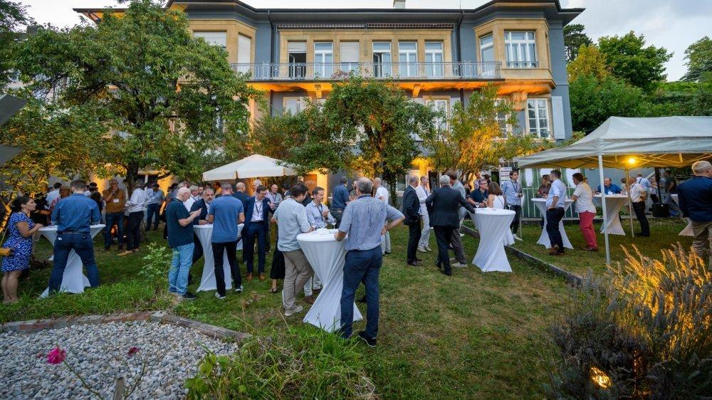 Neuchâtel: les acteurs de l'innovation réunis dans les jardins de P&TS.