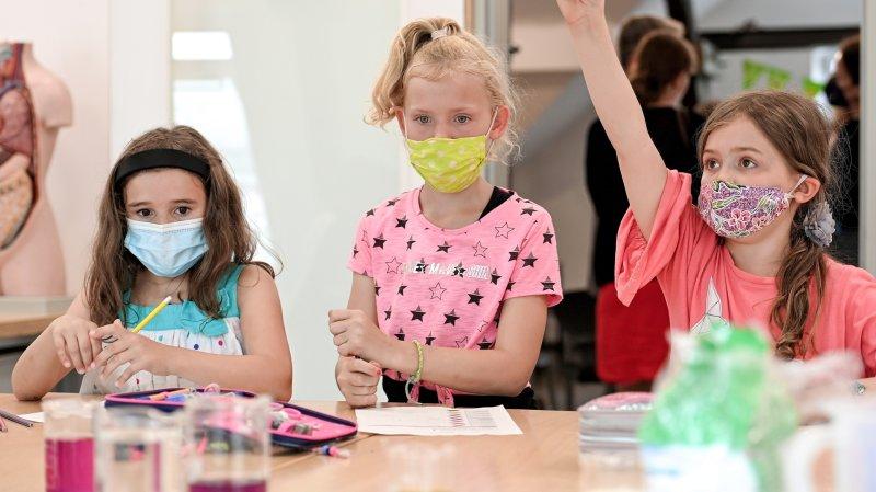 Covid-19: l'école neuchâteloise affine la surveillance des élèves