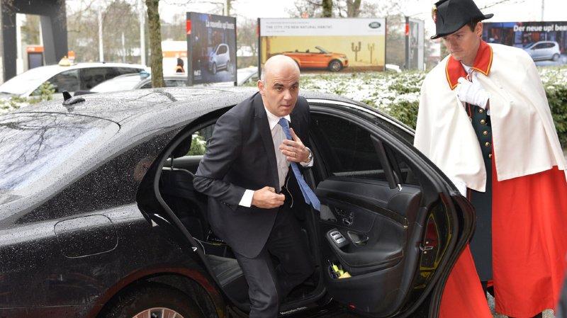 Affaire Berset: le ministre aurait utilisé sa voiture de fonction pour voir son amante