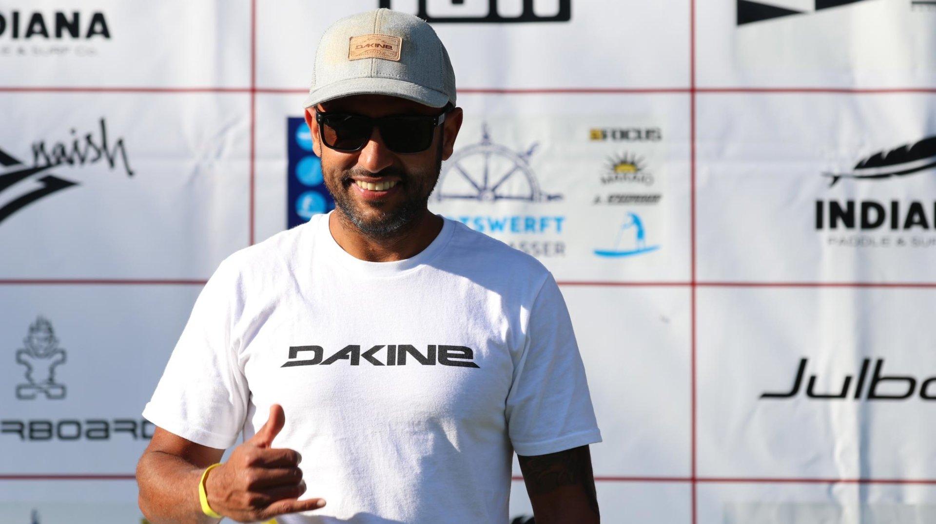 Hicham Laïmina au terme de l'une des courses des championnats de Suisse de paddle.